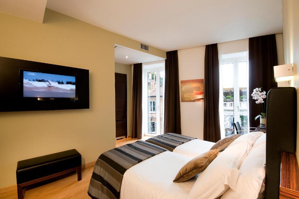 טלויזיה ו/או מרכז בידור ב-Trevi Collection Hotel
