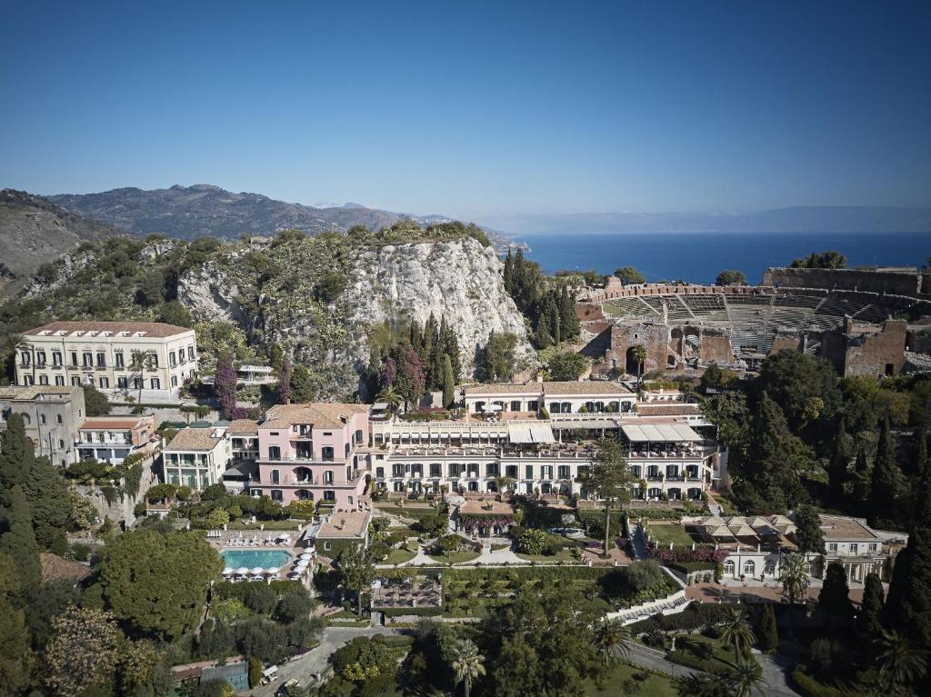 Uma vista aérea de Belmond Grand Hotel Timeo