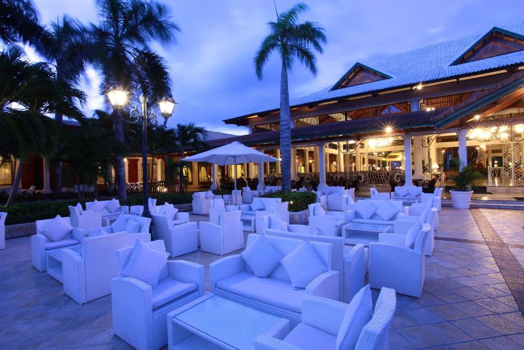 Salón comedor en el resort