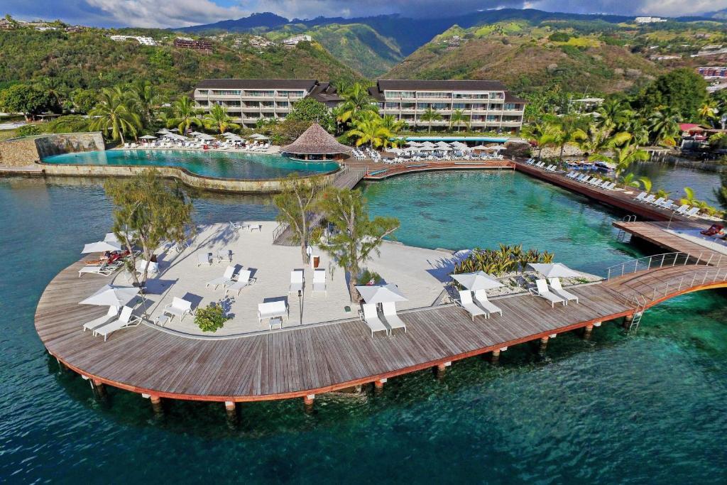 Resultado de imagem para Manava Suite Resort Tahiti-