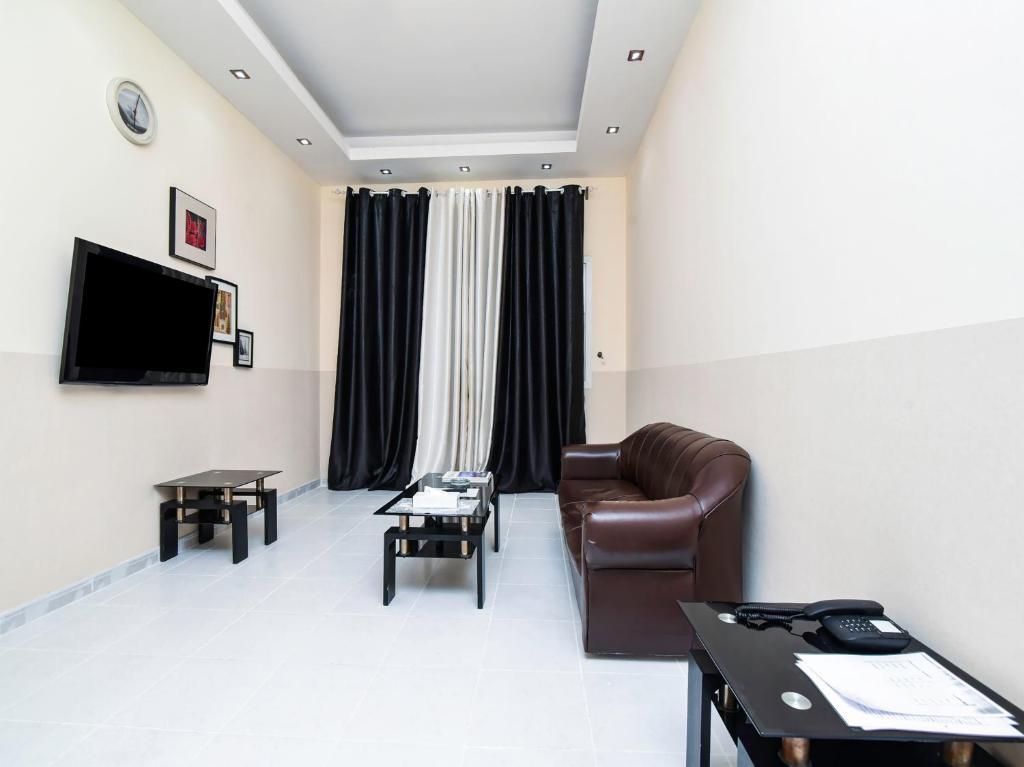 Oyo 149 Sun Rise Hotel Apartment   U0627 U0644 U0625 U0645 U0627 U0631 U0627 U062a  U0627 U0644 U0634 U0627 U0631 U0642 U0629