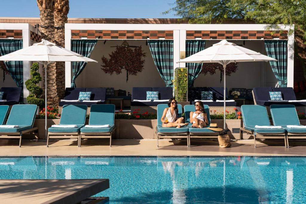 A piscina localizada em Waldorf Astoria Las Vegas ou nos arredores