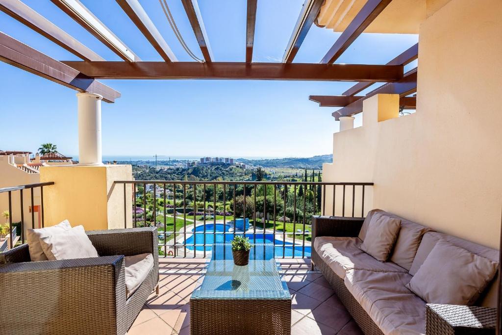 Departamento Penthouse La Finca (España Benahavís) - Booking.com