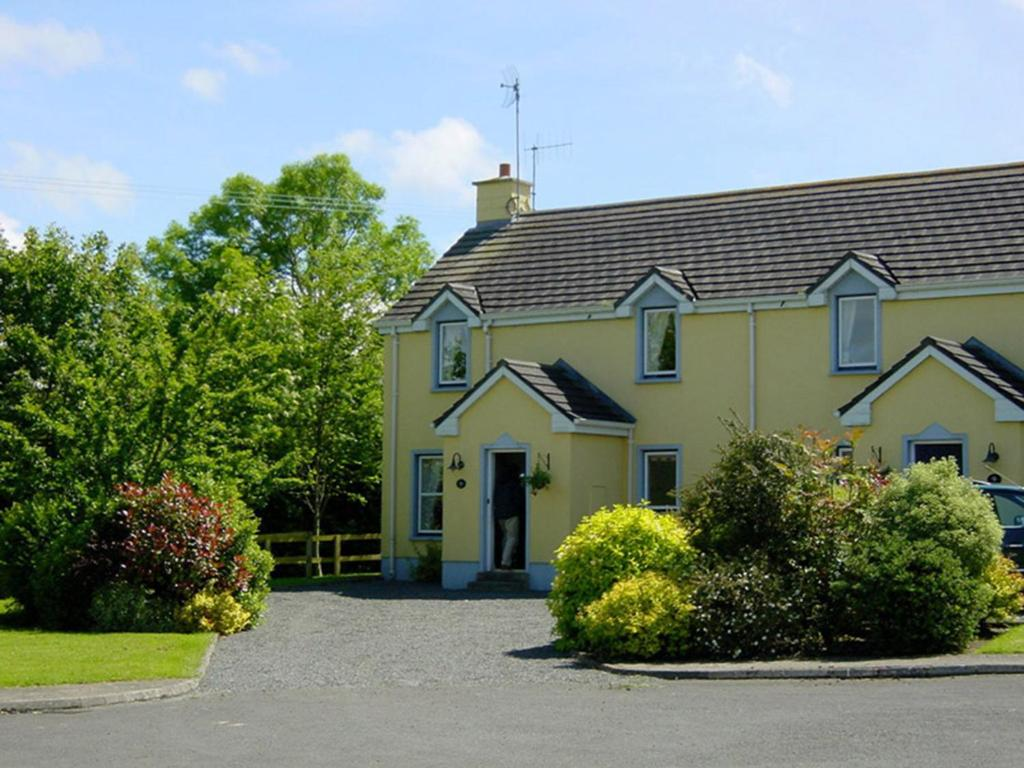 <div data-et-view=NAFQCDCcdXDPdFO:1</div The Waterside Cottages