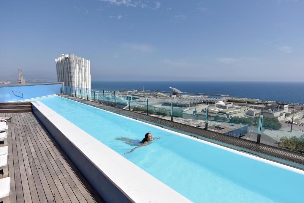 المسبح في برشلونة برينسيس أو بالجوار