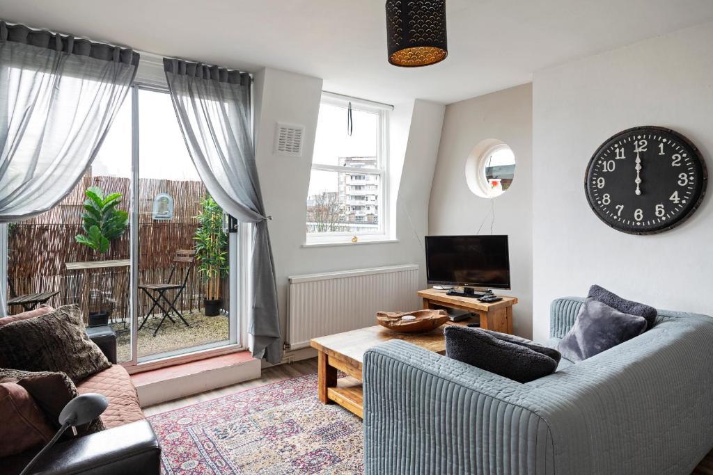 الشقق Homey 2-Bed apt w/Balcony, 15 min to Tower Bridge