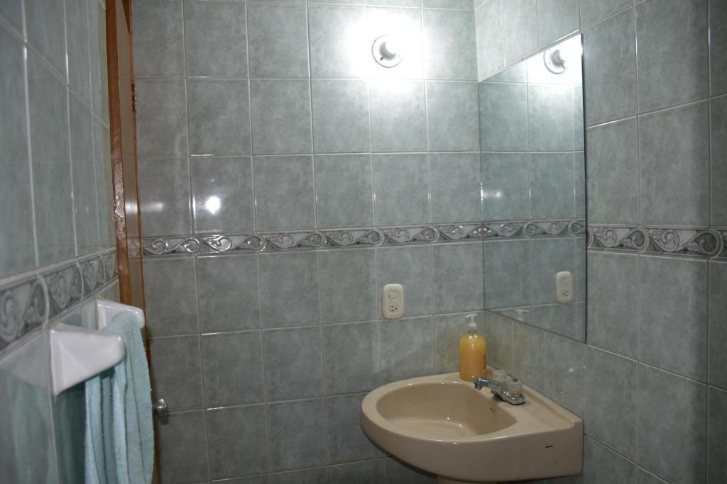 APARTAMENTO AMOBLADO FONTIBÓN (Colombia Bogotá) - Booking com