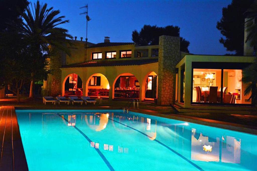 Villa Sitges Mahe (España Sitges) - Booking.com