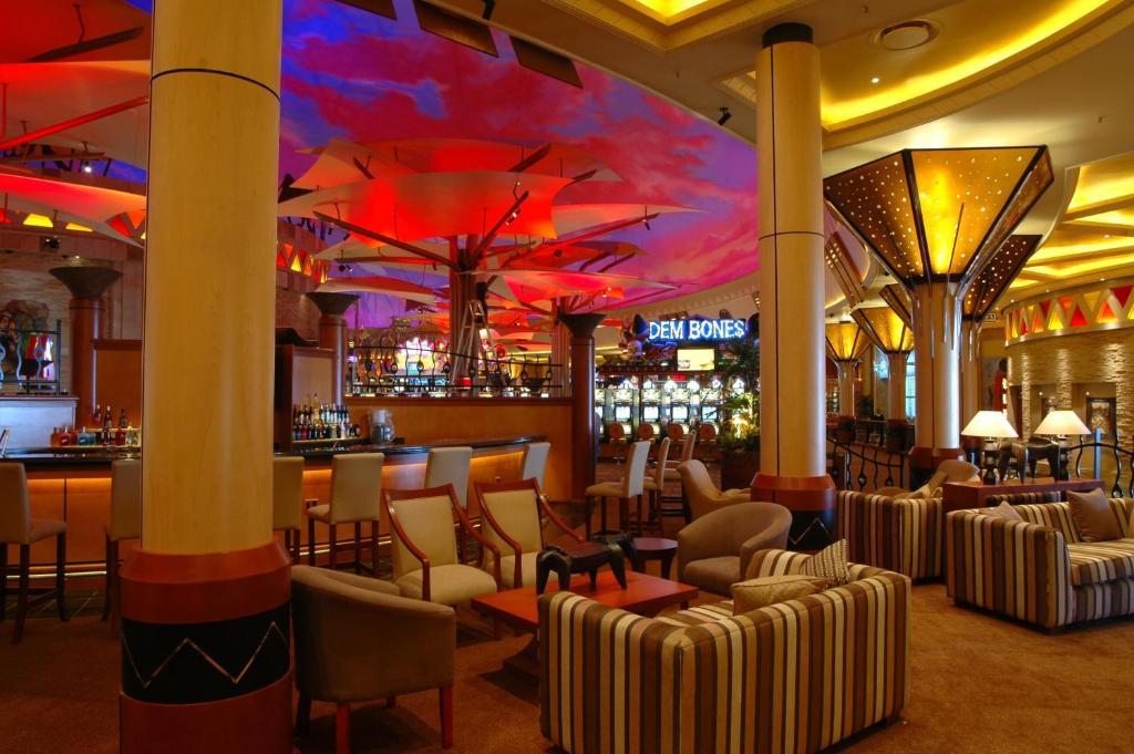 Sibaya hotel and casino ten dimes casino