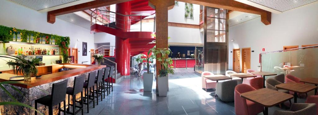 Hotel Fabrik, Humanes de Madrid – Cập nhật Giá năm 2019
