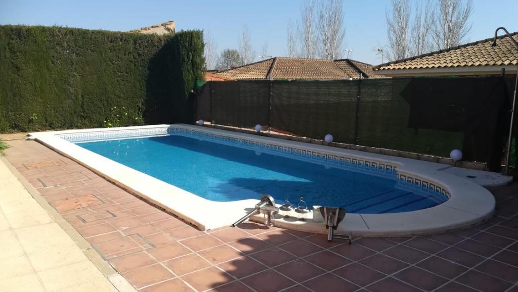Chalet con piscina Aljarafe Sevilla (España Almensilla ...