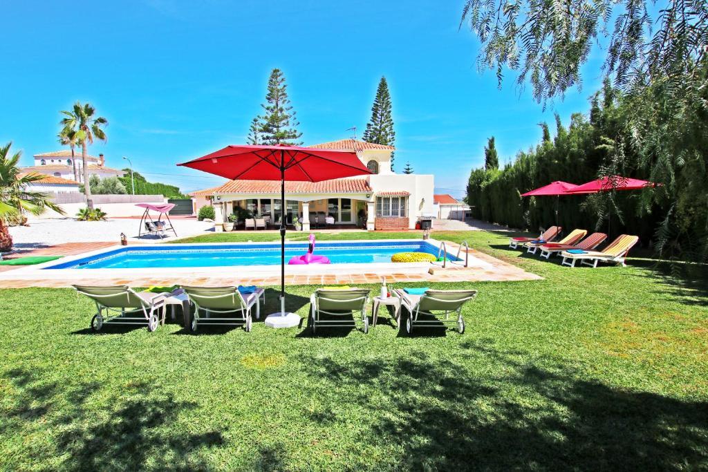 Villa Andrades (España Alhaurín de la Torre) - Booking.com