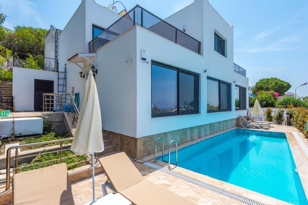 Villa VİLLA IRIS (Turquía Kayacık) - Booking.com