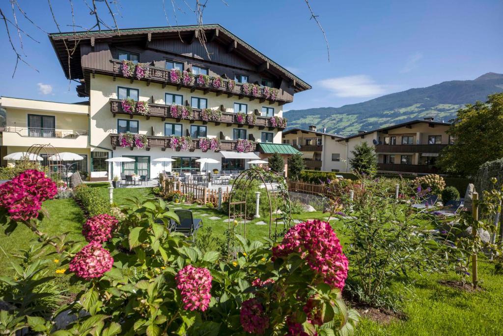 فنادق Landhaus Zillertal النمسا فوغين Booking Com