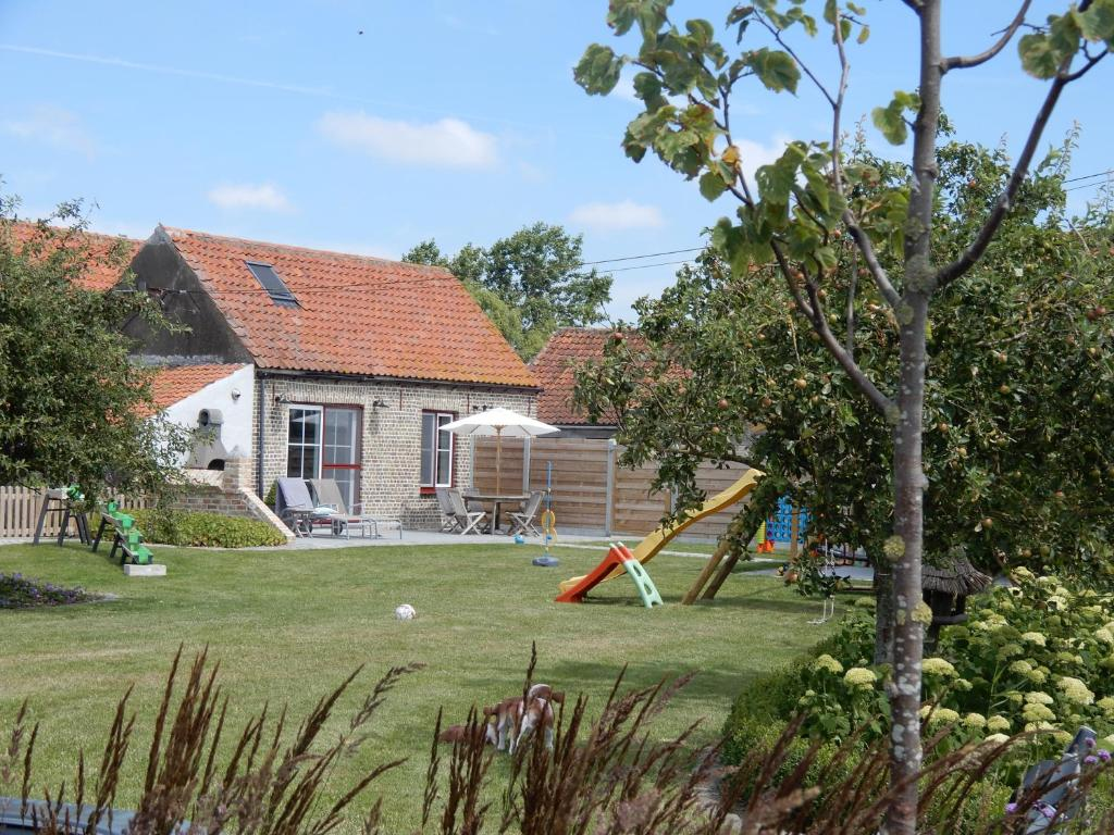 Holiday Home Cuylehoeve (Bélgica Leffinge) - Booking.com