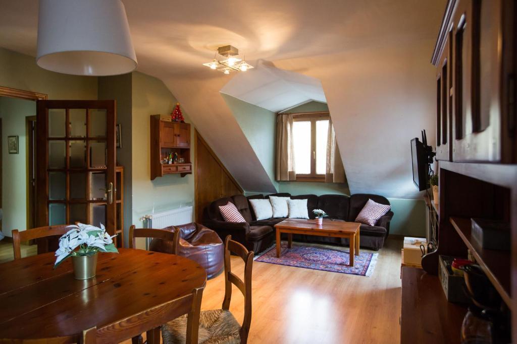 Sallent Home by KEYWii, Sallent de Gállego – Cập nhật Giá ...