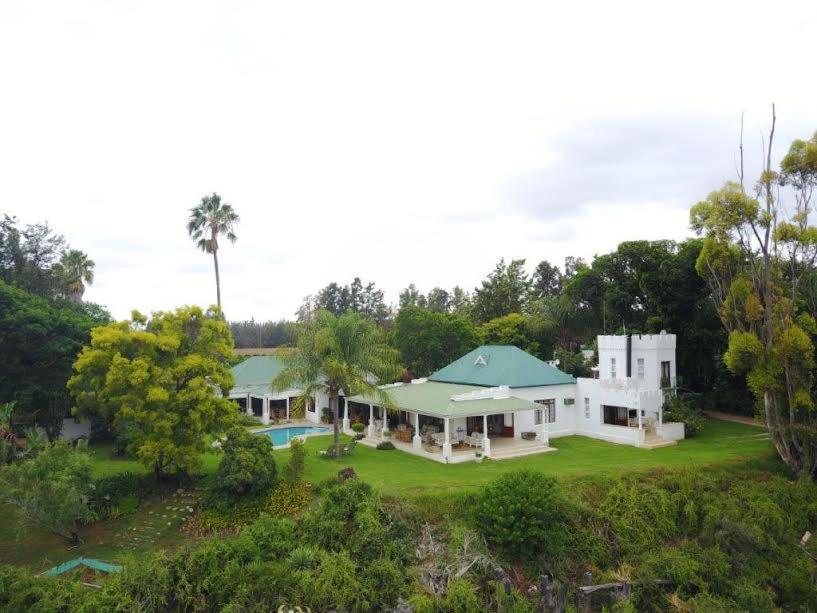 Parque turístico Avoca River Cabins (África do Sul Addo ...