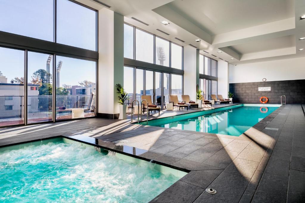 Aparthotel fraser suites perth australia booking