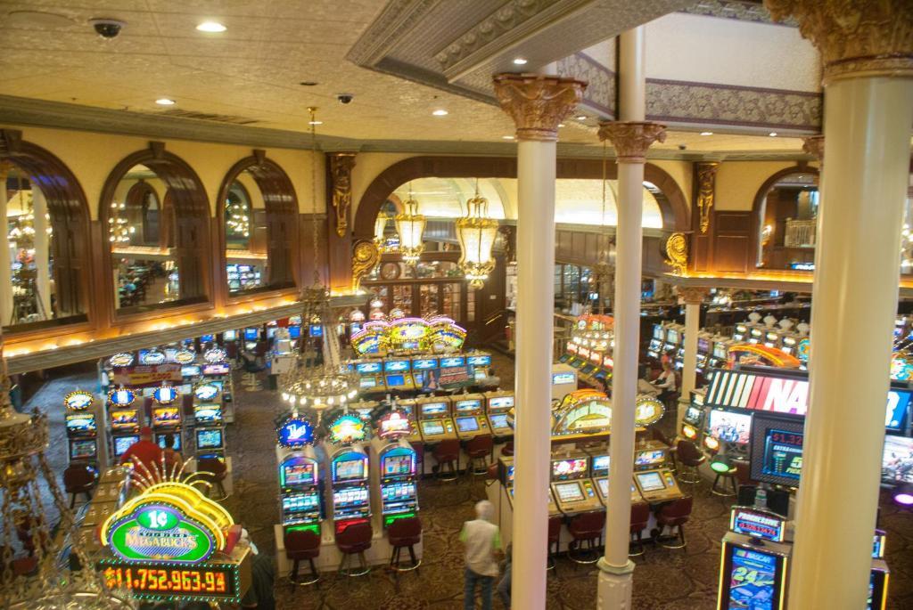 Main street casino hotel mont blanc casino