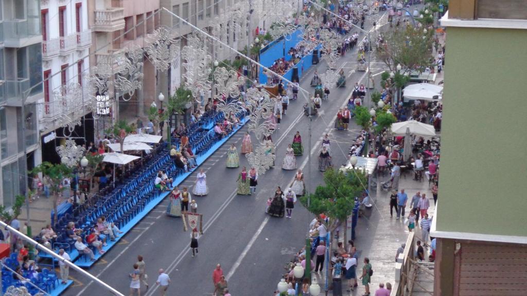 Улица рамбла в аликанте фото