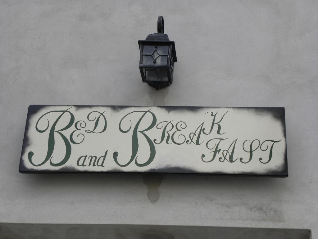B&B L'Ormeggio(奥尔梅吉住宿加早餐旅馆)