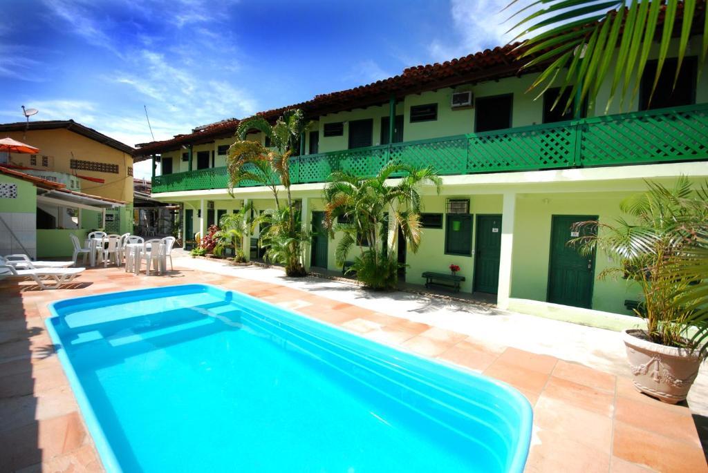 A piscina localizada em Pousada Tapuia ou nos arredores