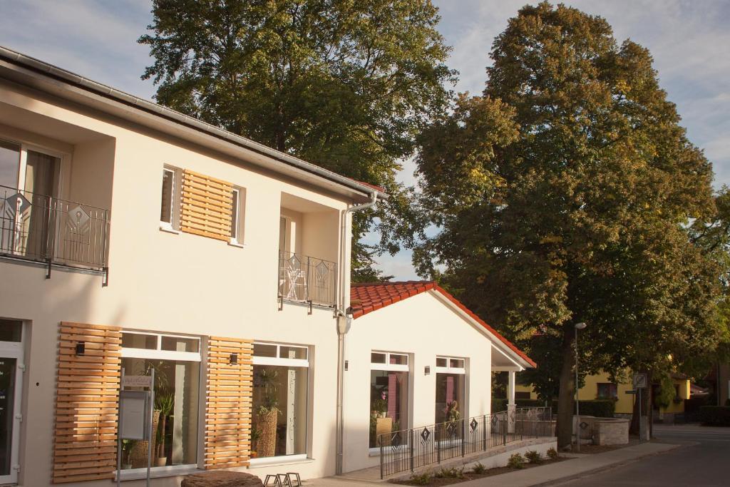 Cafe Hehrlich - Cafe, Pension & mehr