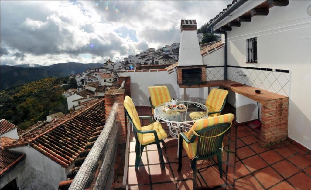 Casa de vacaciones la terraza espa a benalaur a for La terraza de la casa barranquilla telefono