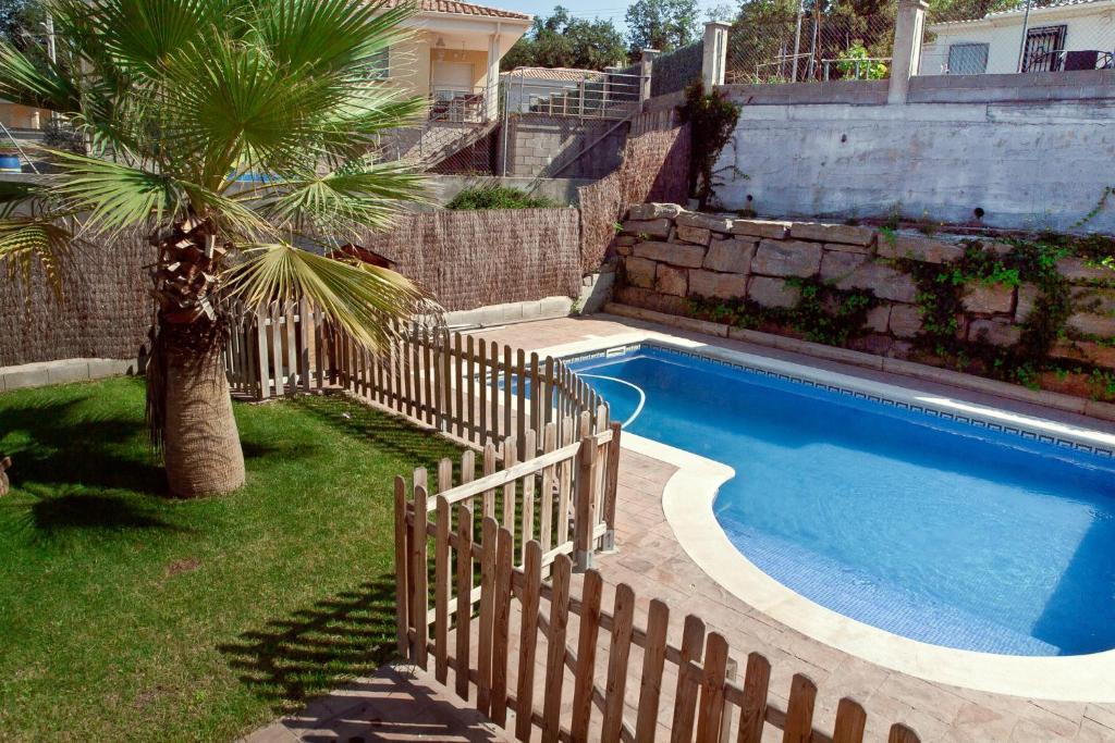 Villa Budha (España Sils) - Booking.com