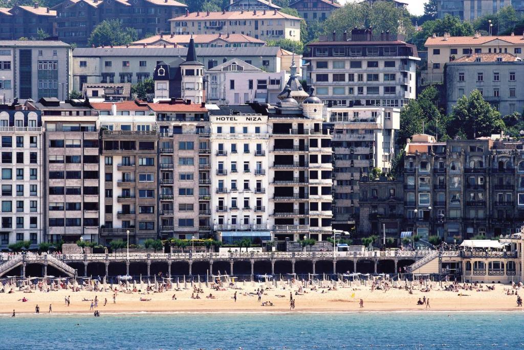 26337809 - Hotel Niza