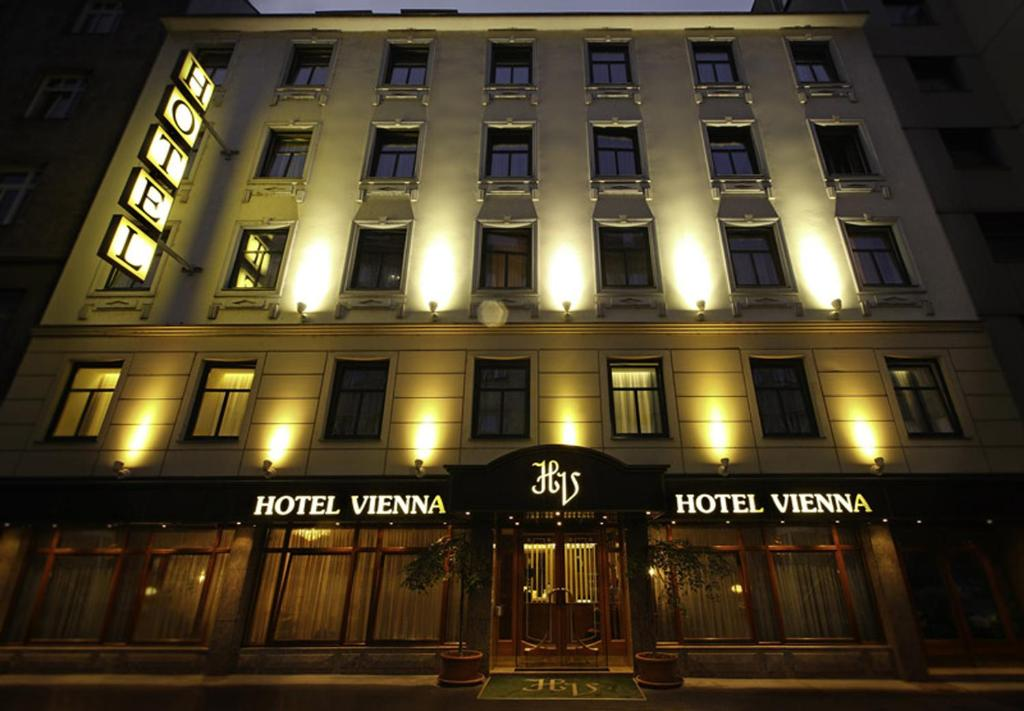 הבניין של המלון