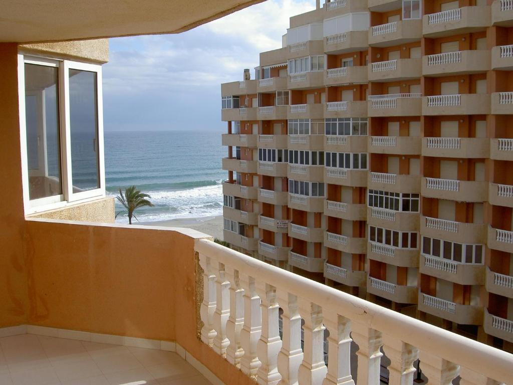 Apartamentos hawaii la manga del mar menor espa a - Apartamentos baratos en la manga del mar menor ...