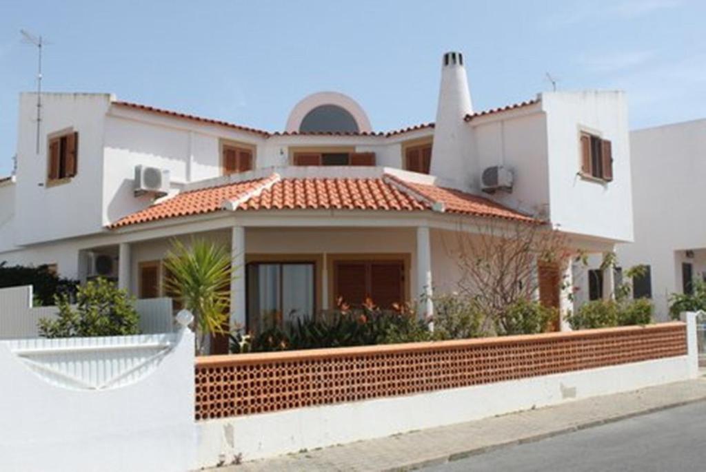 Casa de vacaciones casa beatriz portugal albufeira for Booking casas