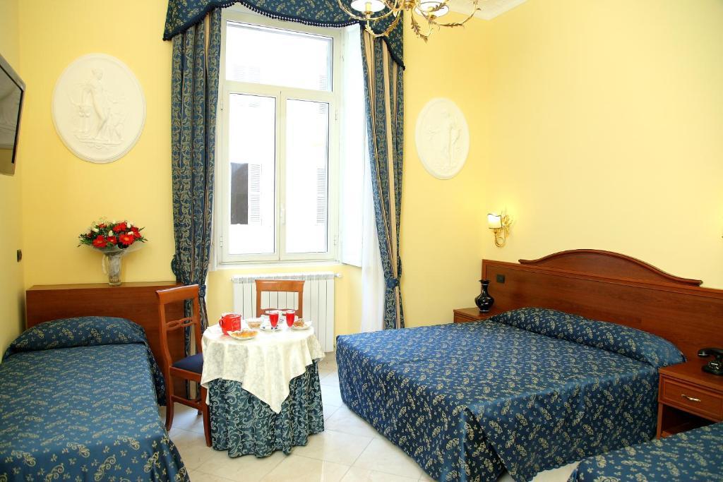 Cama ou camas em um quarto em Caroline Suite