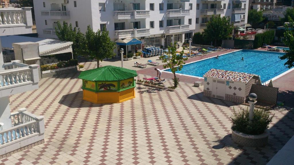 Apartamentos europa blanes spanje for Apartamentos europa