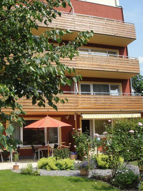 <div data-et-view=NAFQCDCcdXDPdFO:1</div Parkresidenz Hotel Garni