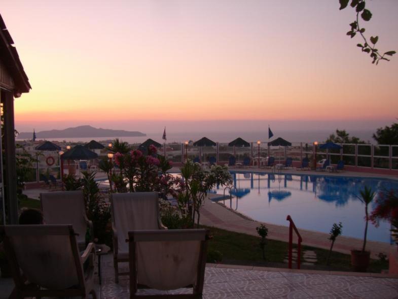 Nea Kydonia Suites & Studios, Hotel, Kon/nos Kalaitzis, Daratso, 73100, Greece