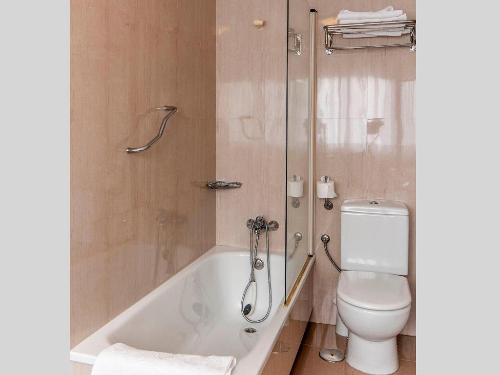 Hotel Isolino Espa A O Grove Booking Com # Muebles Justo O Grove