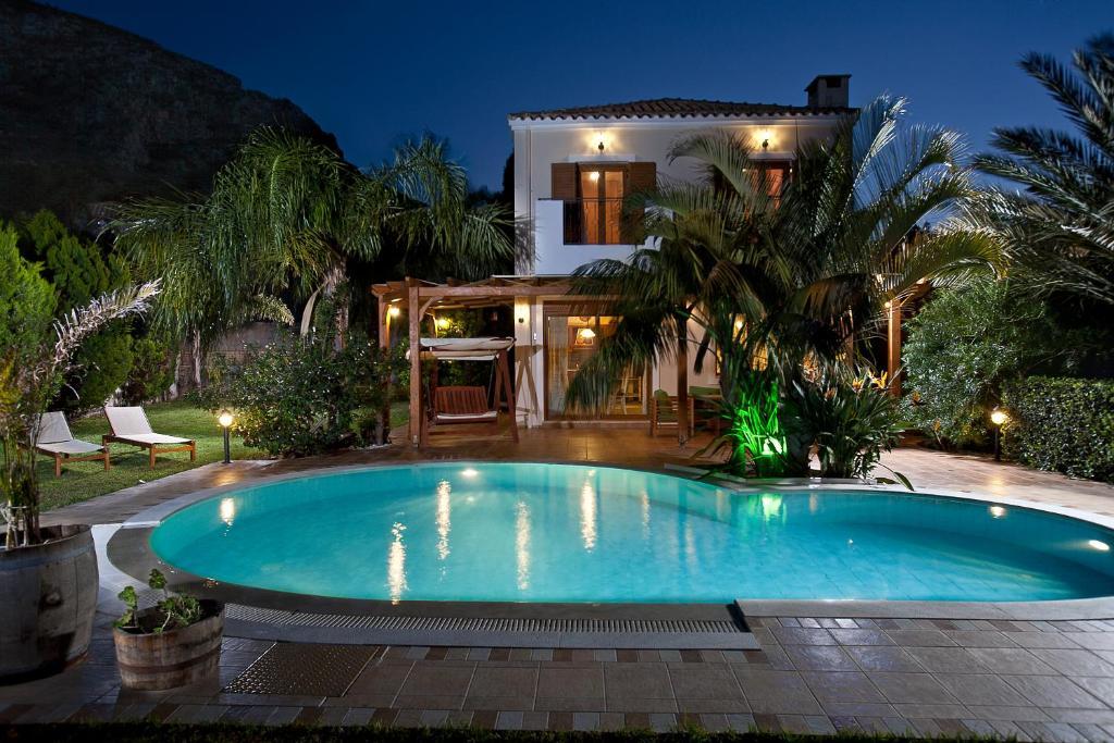pandora villas hotel in hersonissos. Black Bedroom Furniture Sets. Home Design Ideas