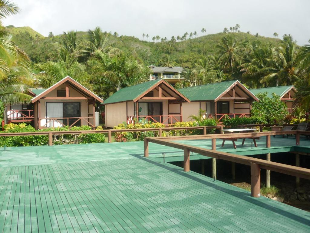 aroko bungalows rarotonga cook islands. Black Bedroom Furniture Sets. Home Design Ideas