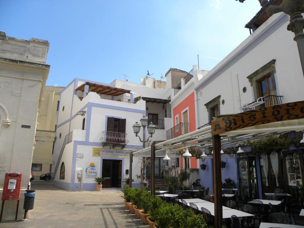 Case vacanze albamarina italia citt di lipari for Agence reservation hotel