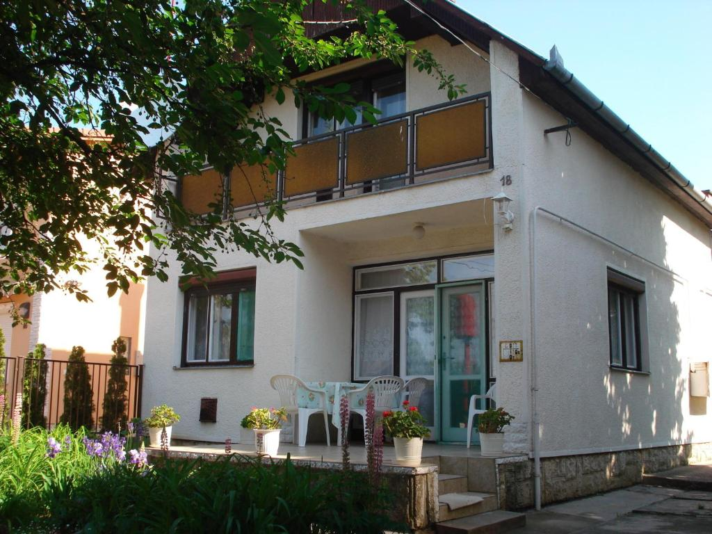 Rózsa Apartment