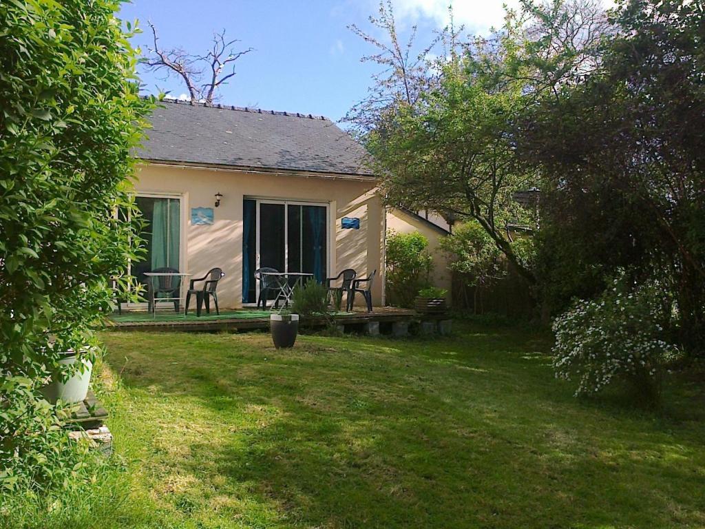 Casa de vacaciones au jardin d 39 eau francia missillac for Au jardin guesthouse