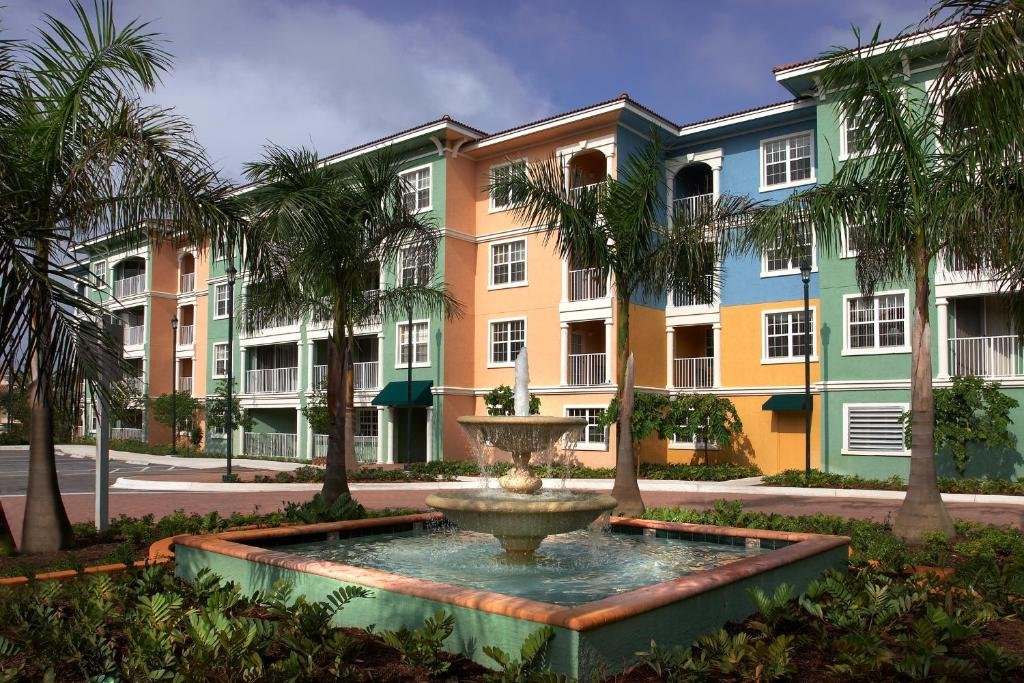 Mizner Place at Weston Town Center
