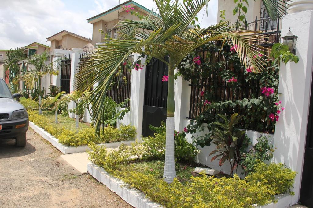 Residences sejours affaires c te d 39 ivoire abidjan for Abidjan location maison