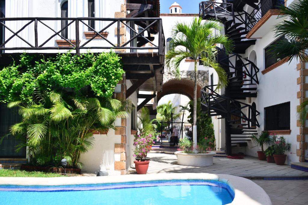 Haciendas jose apartments playa del carmen mexico for Actual studio muebles playa del carmen
