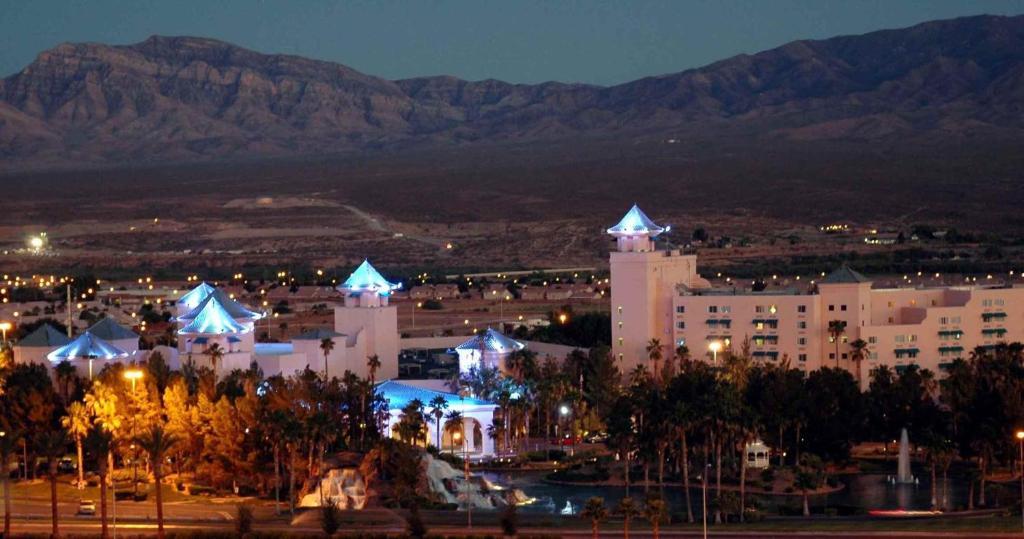 Casablanca hotel and casino 1 casinos.com gambling online