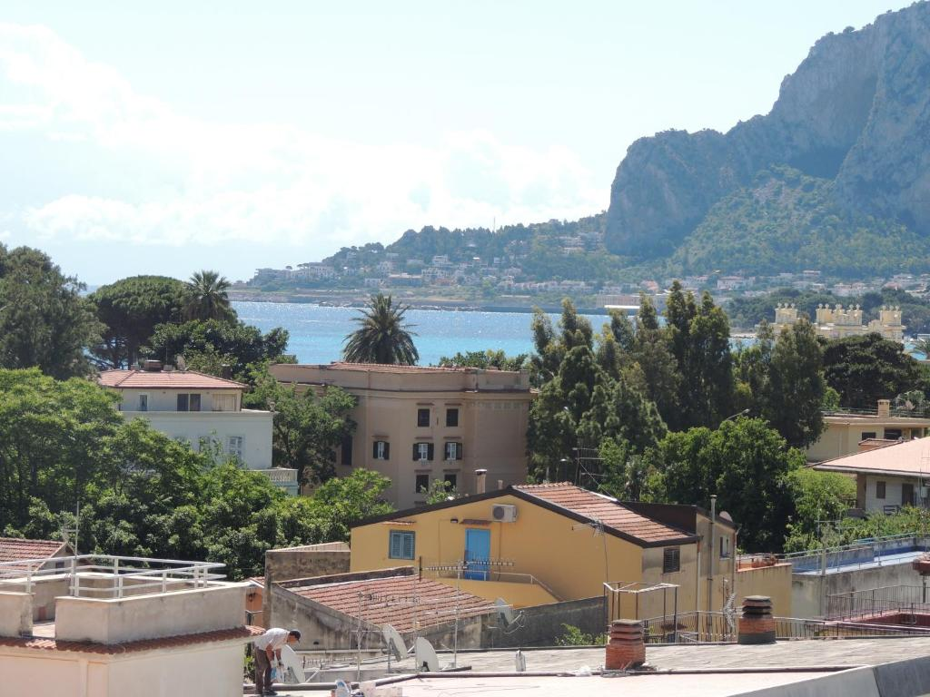 Casa vacanze mondello it lia mondello for Casa vacanze milano