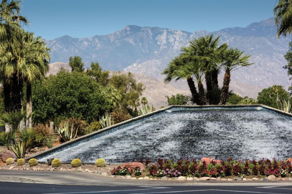 Villa marriott desert springs palm desert ca for Villas california