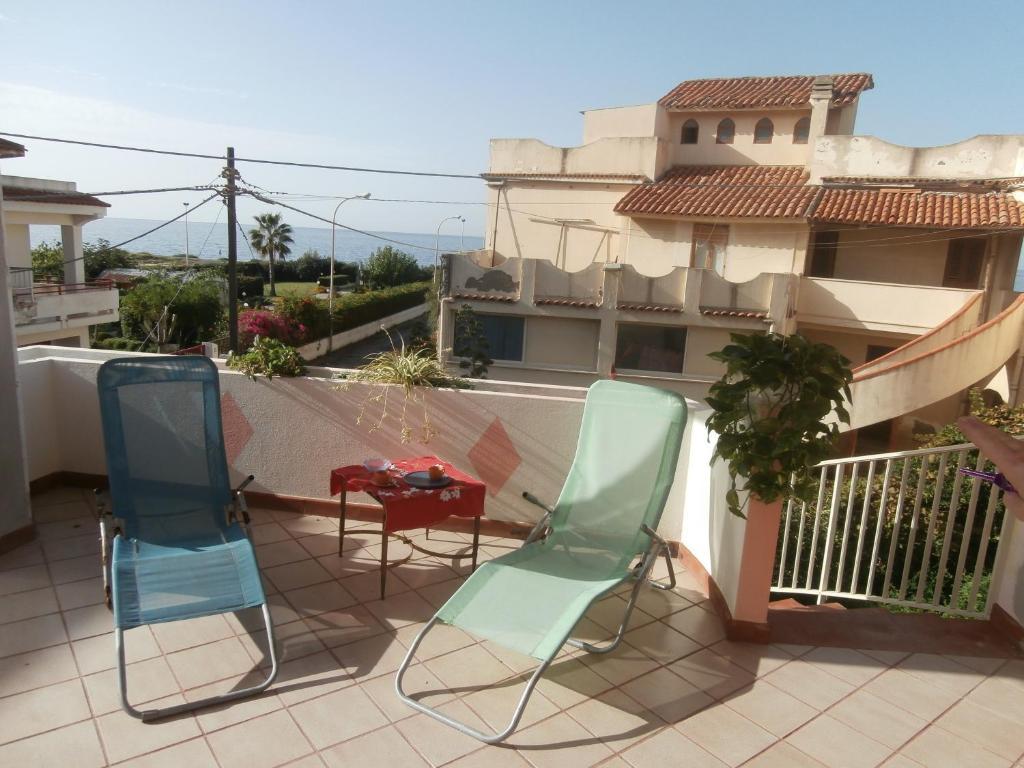 Casa vacanze sul mare italia barcellona pozzo di gotto for Vacanze a barcellona sul mare